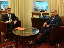 Israeli Prime Minister Benjamin Netanyahu and French Premier Manuel Valls. Photo by Kobi Gideon / GPO